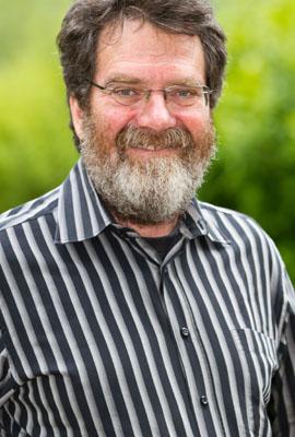 Prof. Dr. Alexander Schwarz (Universität Lausanne, Schweiz), der neben seiner konzeptionellen Mitarbeit seit 2000 u.a. auch fremdsprachige Führungen (engl., frz., ndl.) übernimmt, sofern terminlich möglich.